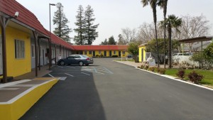 Wine Country Inn - Guest Parking